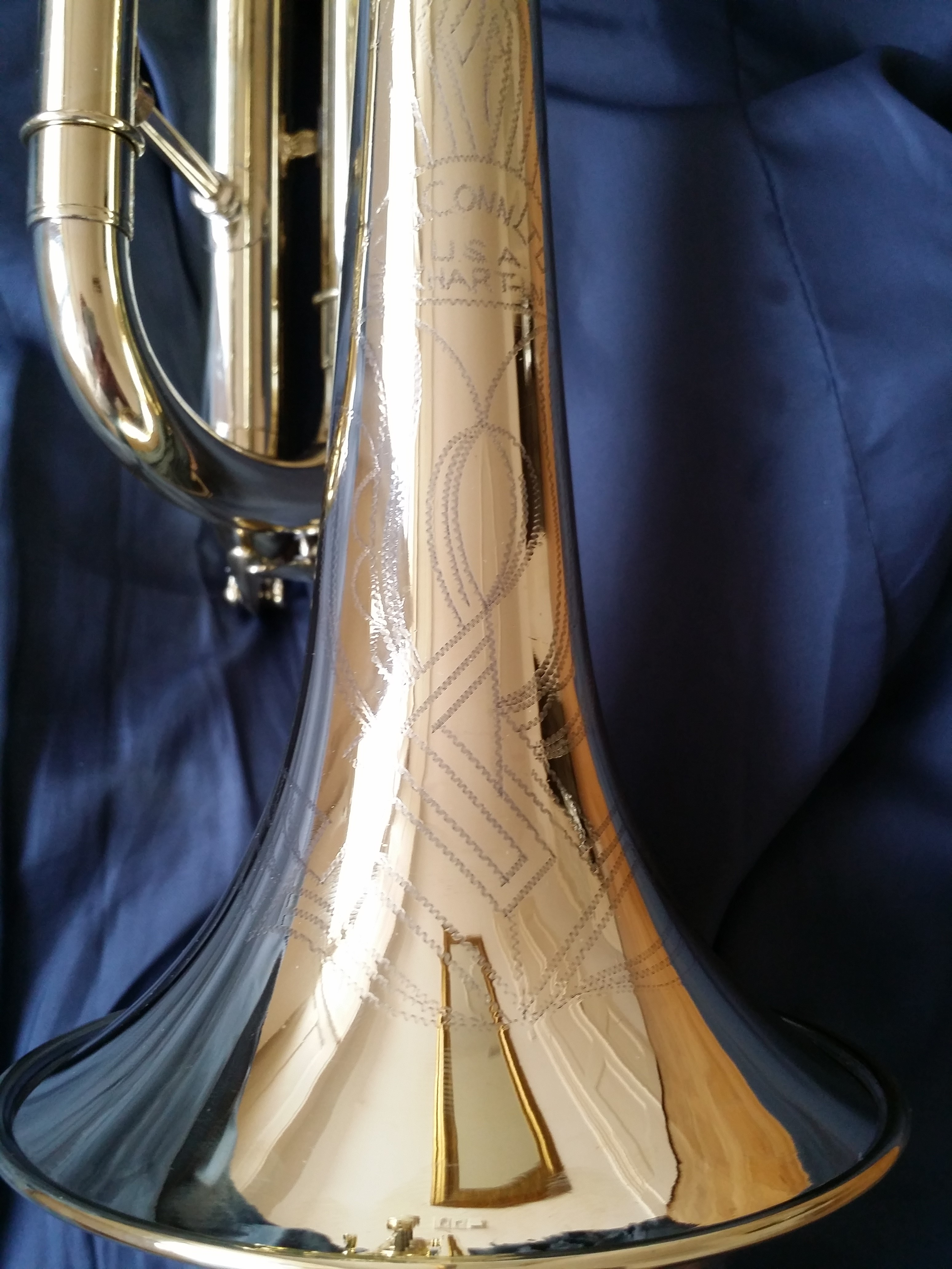 Bb/A trumpet Conn VICTOR with tining bell slide