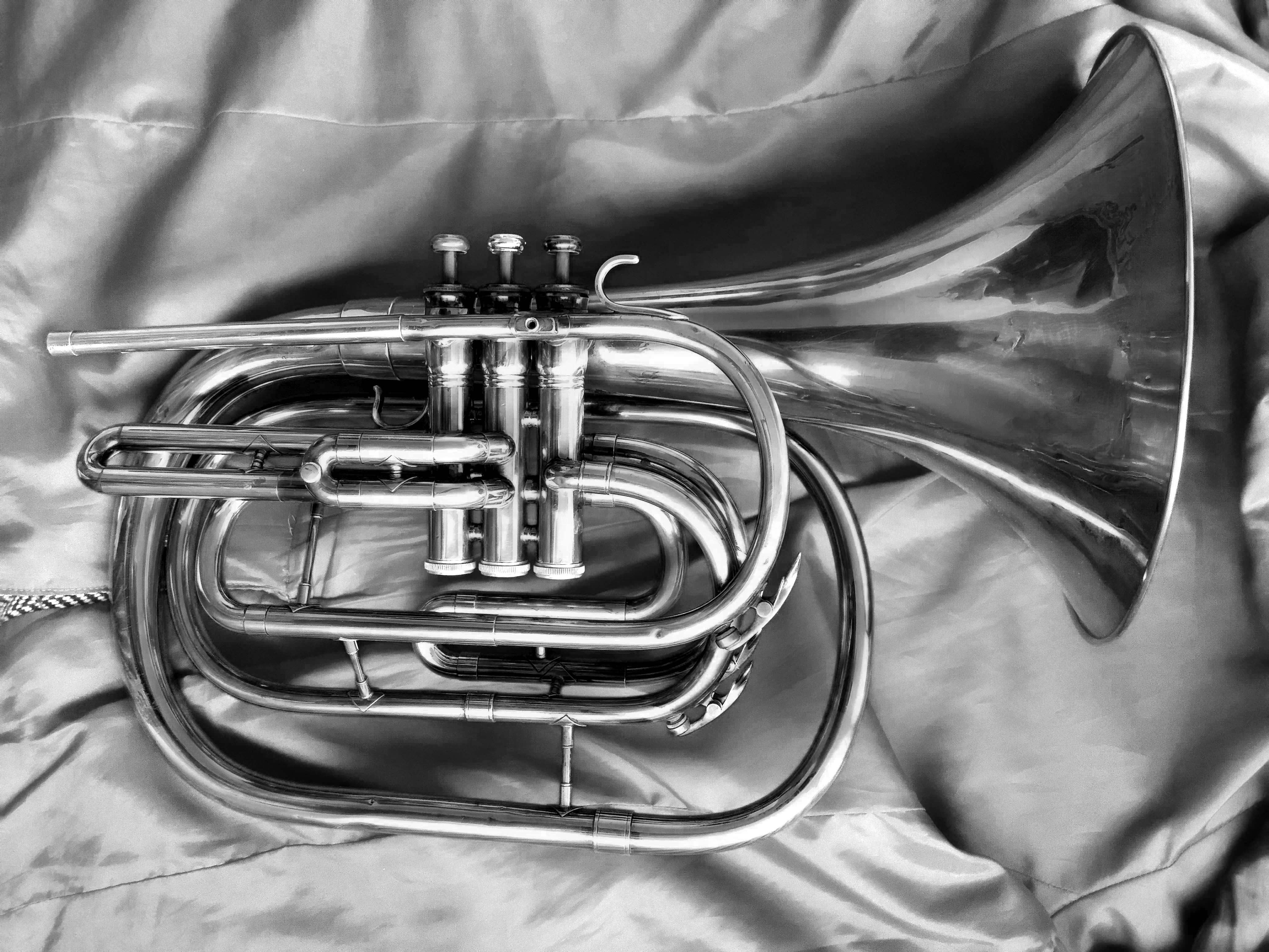 Bb Marching French Horn KING Ultimate Series 1122